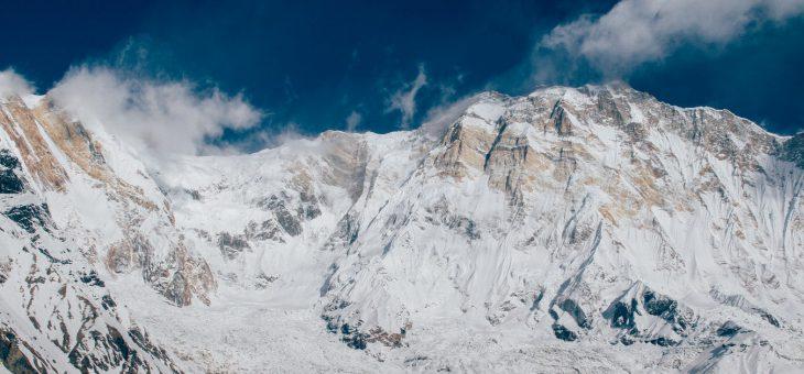 I pericoli della montagna con la neve