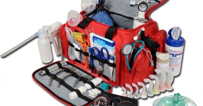 Il kit di primo soccorso per trekking